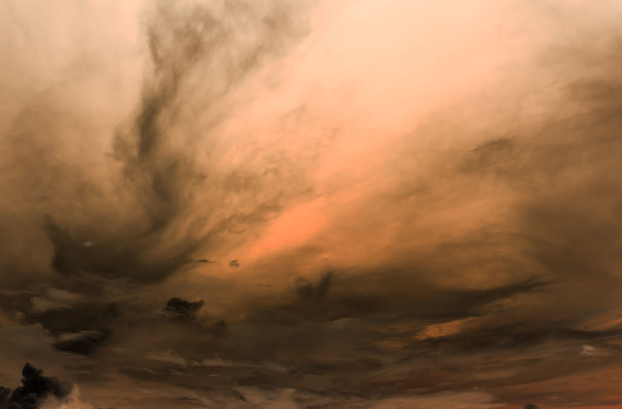 sunset, cloud - sky, sky, dramatic sky, beauty in nature, nature, scenics, cloudscape, atmospheric mood, orange color, tranquil scene, storm cloud, tranquility, no people, outdoors, sky only, day