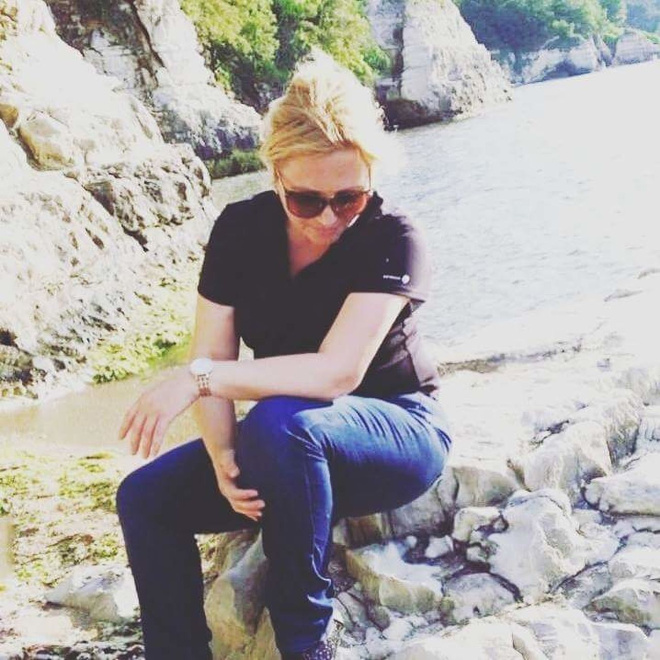 Sitting Rock - Object Adults Only Adult Sunglasses One Person Only Women PeopleTürkiye Mid Adult Full Length Day Casual ClothingBeatuiful One Woman Only Front View Outdoors Nature Relaxation Young Adult Women Water sea turkey kerpe Old Man First Eyeem Photo Exlove