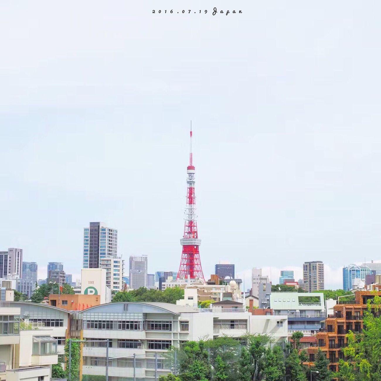 每次來到日本,總控制不住我的手機和相機,拍不夠。 Tokyo Tower Tokyo Photography IPhoneography First Eyeem Photo Travel Enjoying Life Hello World Japan Sunshine Sky