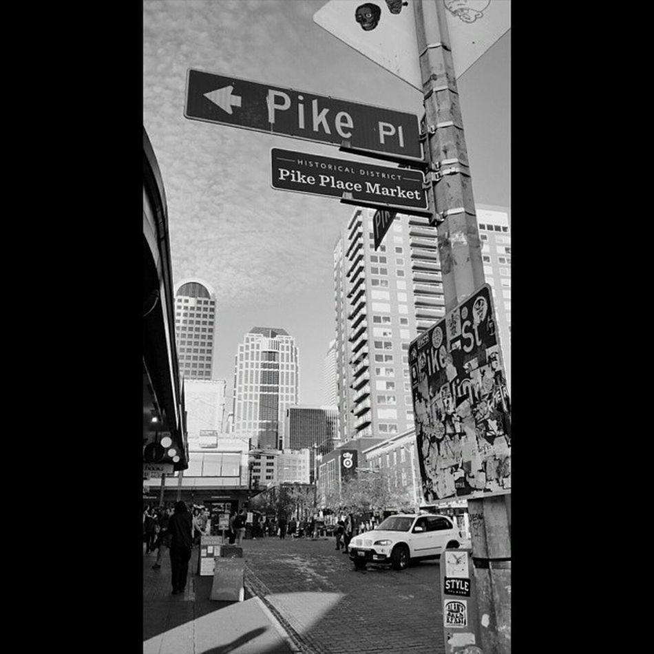 Pikeplace PikeStreet Blackandwhite Looksawesome Photography BlowingUpInstagram