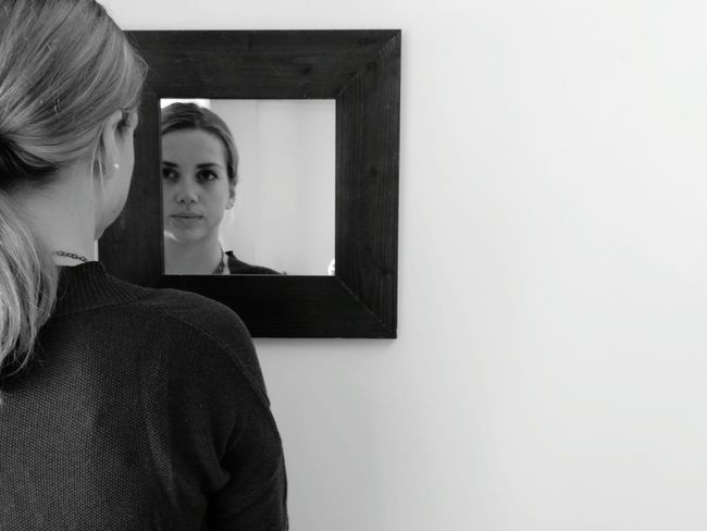 The Girl In The Mirror Modern Indoors  Minimalism