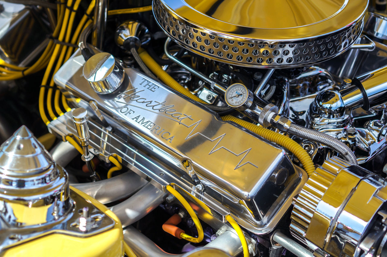 Muscle car engine - V6 / V8 glossy chrome America Car Carburetor Cars Chrome Engine Engine Head Glossy Heartbeat Horse Power Muscle Old Restored Retro Shining Technology USA V6  V8