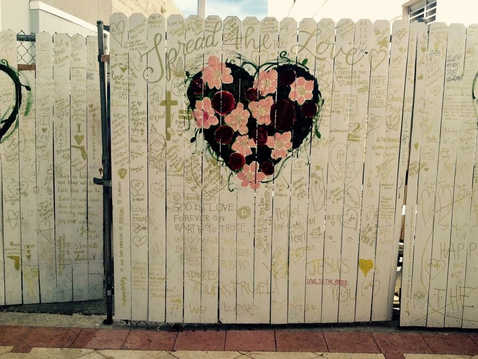 Messages of love Art Day Outdoors No People Graffiti Art Heart Shape White Gate Religion Quotes Love
