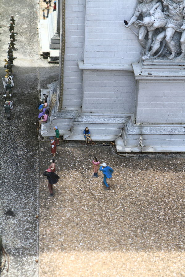 Famous Places Forced Perspectives Funny High Angle View Life In Miniature Minature Not What It Seems Not What It Seems To Be! Optical Illusions Tourist Attraction  Tourist Spot