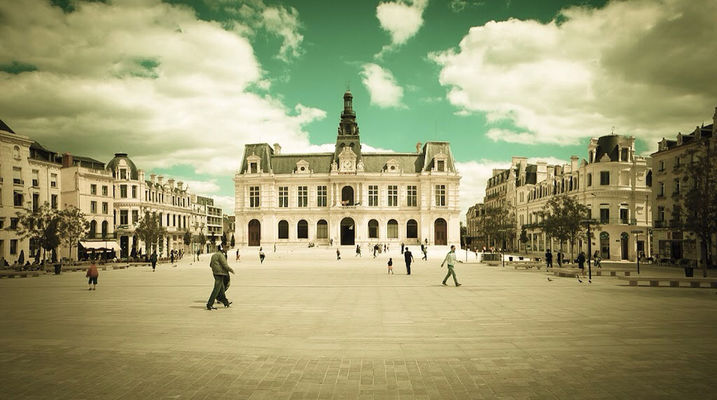 Poitiers by Julien