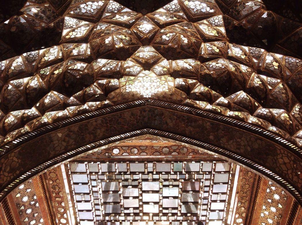 Reflection Mirror Mirror Picture Mirrored My Photography Wow_pics #picoftheday #photooftheday #fotodeldia #ig_masterpiece #clubsocial #statigram #catalunyafotos #ig #igers #freaksbcn #barcelona #catalunya #bcn #irbarcelona #mytravelgram #pics_united #gang_family #igersbarcelona #igerscatalonia #gf_daily #desco Omg Life Old Buildings Old House Neighborhood Map