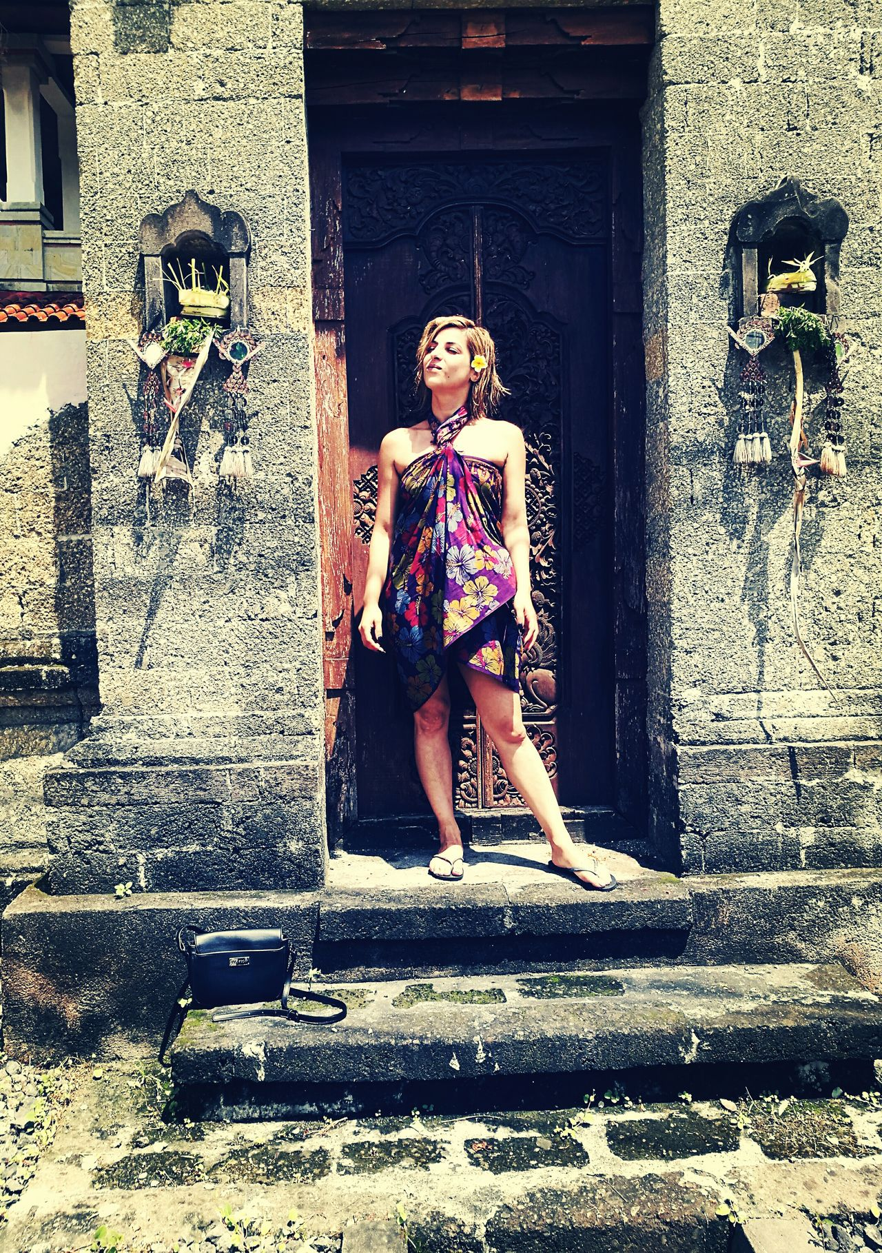 Women Around The World Sister Portrait Of A Woman Women Of EyeEm Travel Photography People Photography Bali, Doorsworldwide Doors Lover Holiday Trip Holiday Blues Love ♥ HuaweiP9