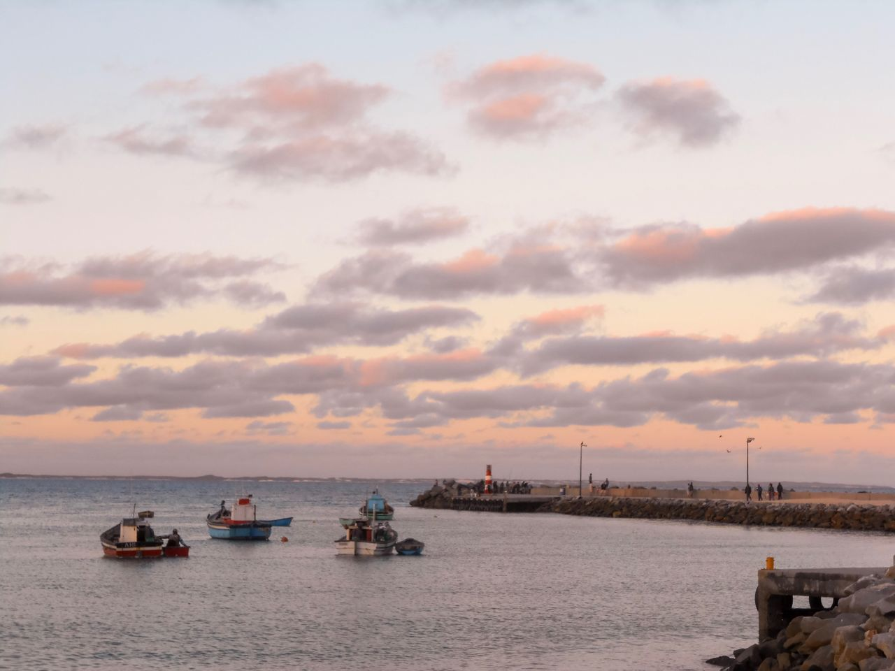 Struisbaai, South Africa Garden Route, South Africa South Africa Sky Sunset African Skies Nature Horizon Over Water Beauty In Nature EyeEm Nature Lover EyeEm Best Shots EyeEm Best Shots - Sunsets + Sunrise A chilled evening in Struis Baai Sommergefühle