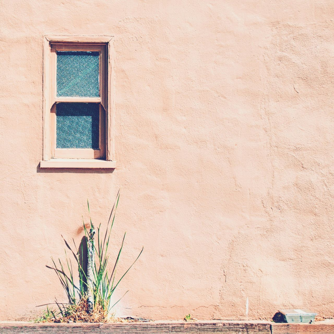 Window On The Wall! Taking Photos Check This Out EyeEm Team Minimal Minimalist Minimalism Eye4photography  Streetphotography Vscocam EyeEm Best Shots Eyeemphoto TakeoverContrast The Week On Eyem