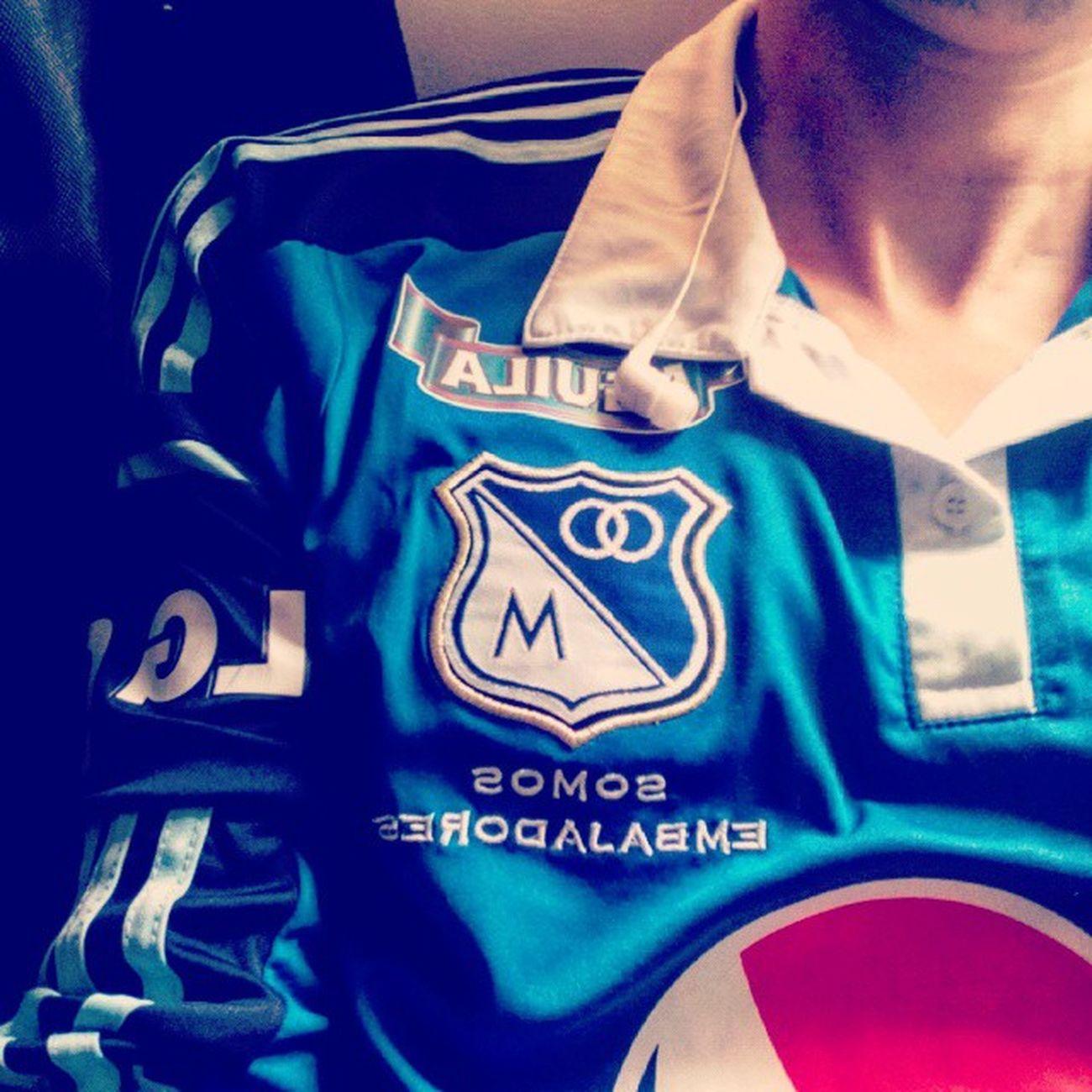 Somosembajadores Azules Embajador Millossomostodos Cumpleañosdemillos . @millosfcoficial Bogotá Blue Sport Tshirt Futbol City 69años ⚽💯🎆🎇