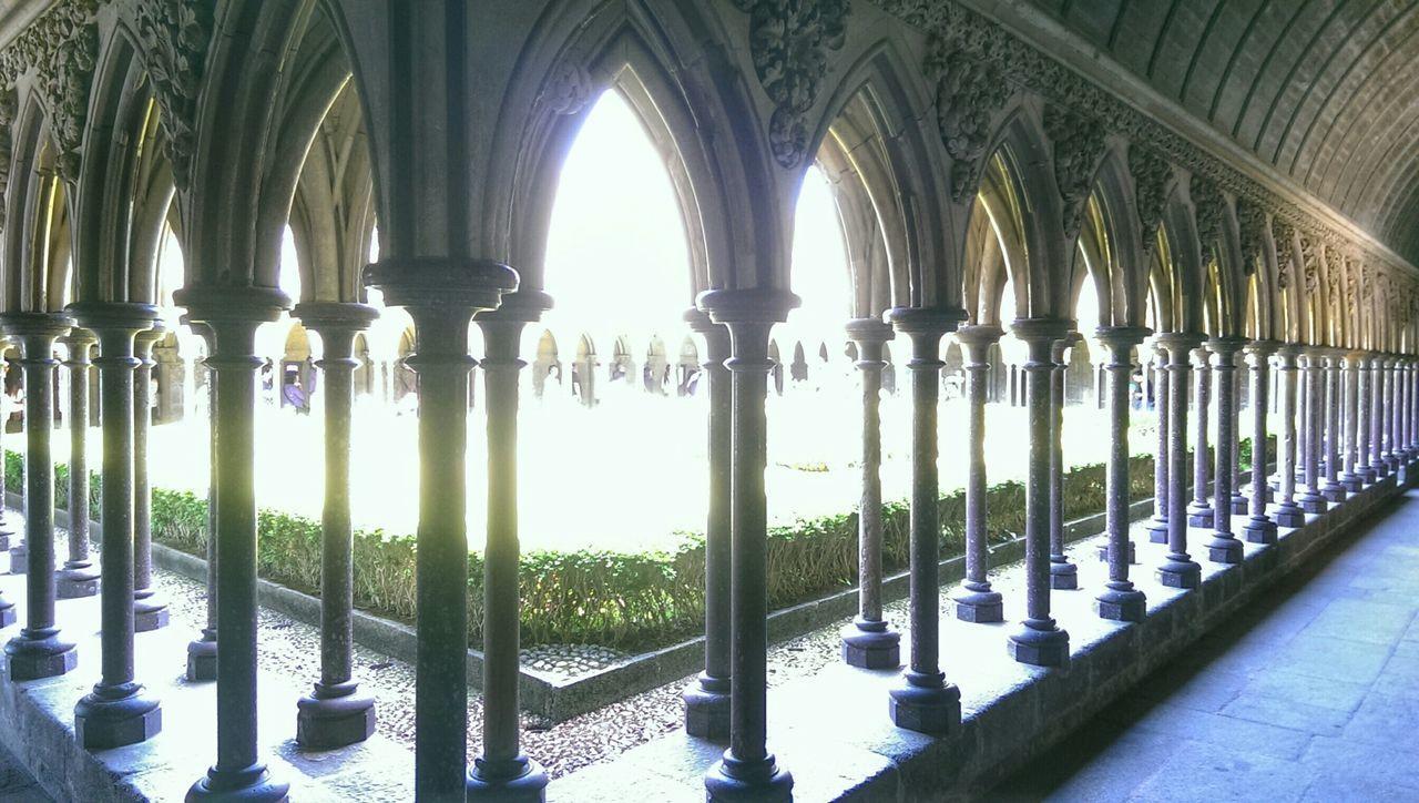 Mont Saint-Michel Bretagne Religion Moyen âge Religieux Jesus Christ Eglise Cathedrale Chapelle