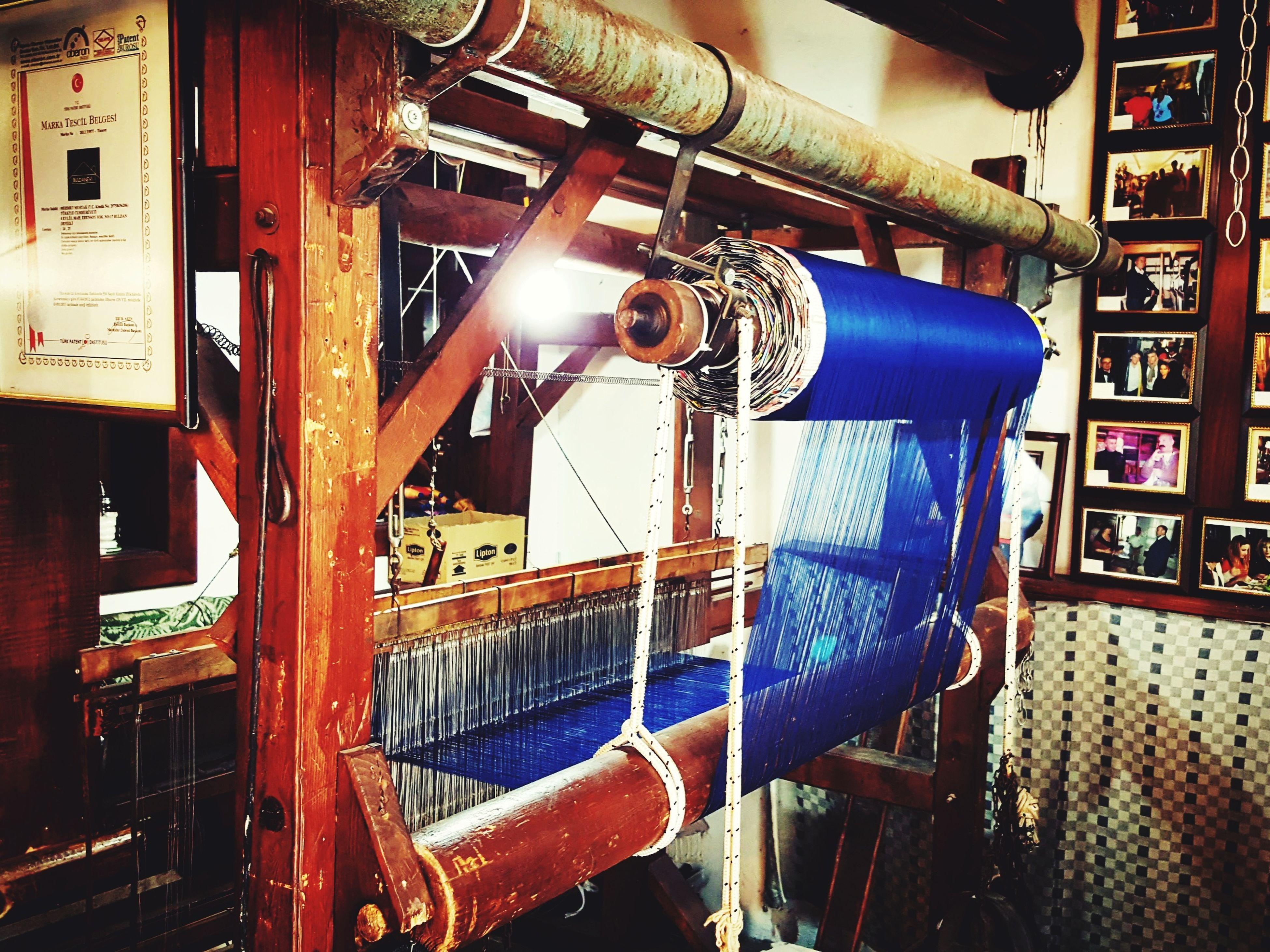 Denizli Buldan da bir dokuma tezgahı.