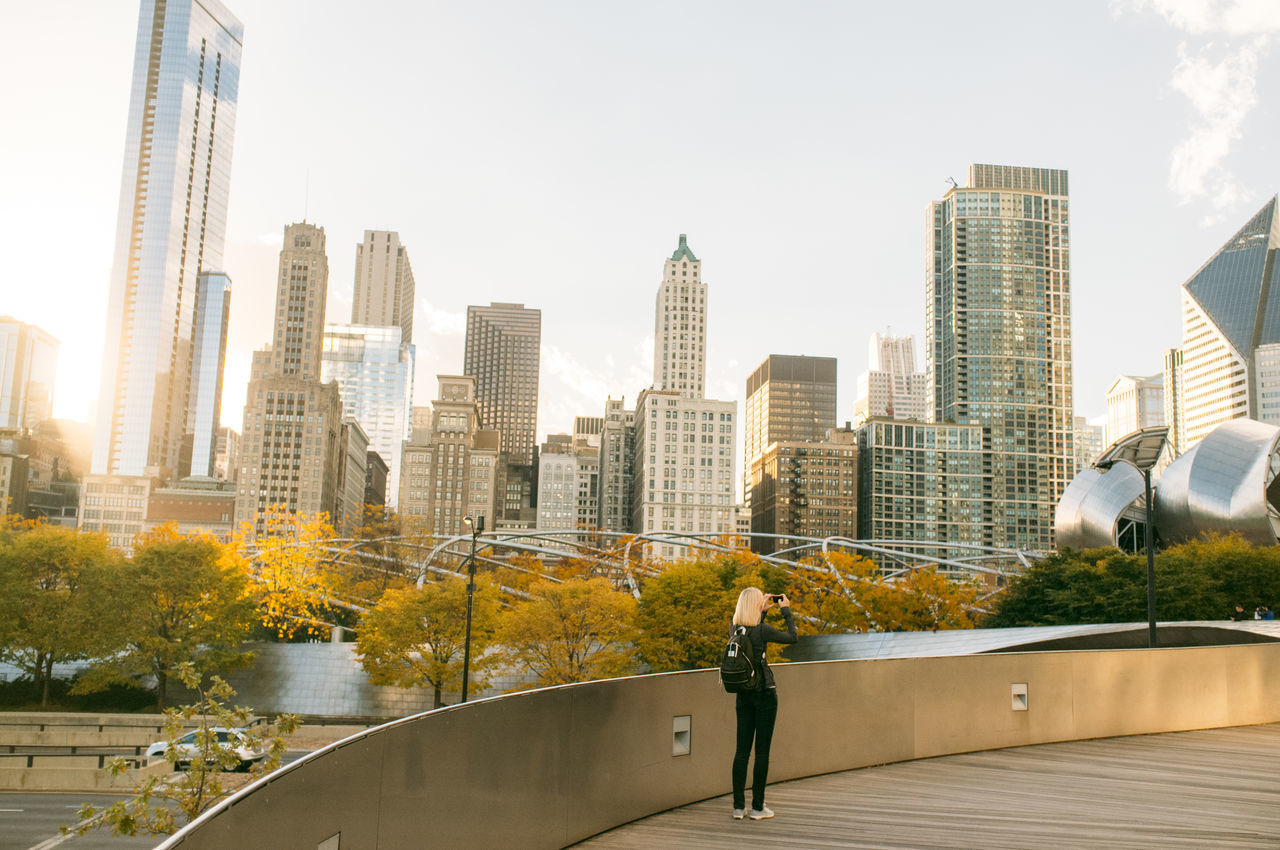 Beautiful stock photos of chicago, 25-29 Years, Architecture, BP Bridge, Building