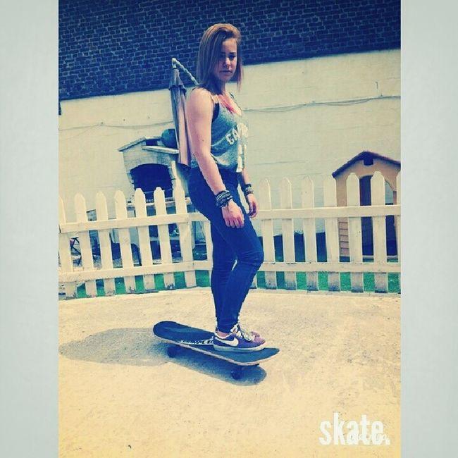 Skate (Y)