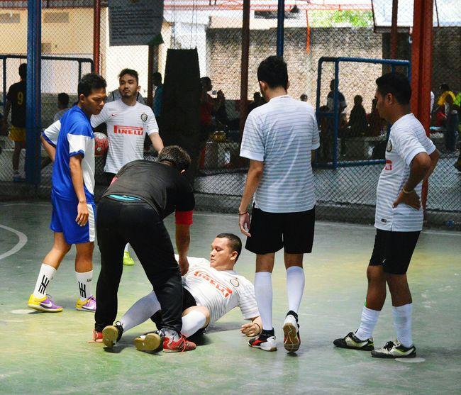 Accident... Sport Futsal Tournament Futsal FutsalTime Futsalindonesia Yellow Card Free Kick