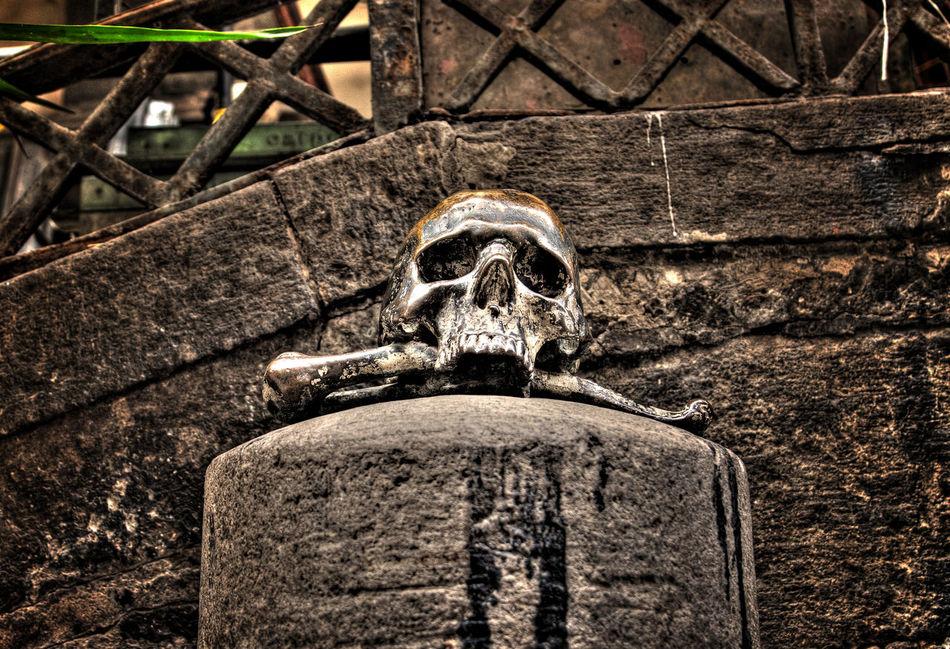 Church In Naple Napoli Nature Skull Teschio Via Tribunali Napol Via Tri Via Tribunali
