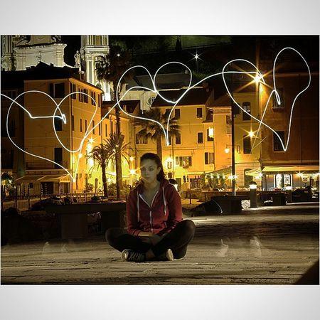 Rcnocrop Pentax K50 50mm Photo Photographer Protography Photograph Cuori Lightpainting Love Laigueglia Liguria Mare Night Italia Italy Molo Luci Light Bello Seifantastica @veronicabravi_