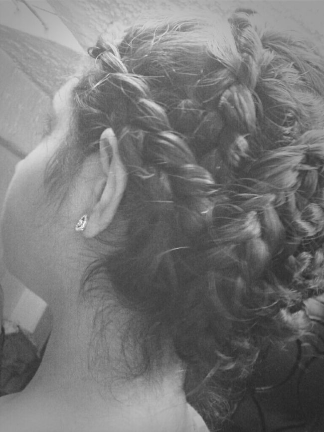 Hairstyles Updo Hairtrend Taking Photos
