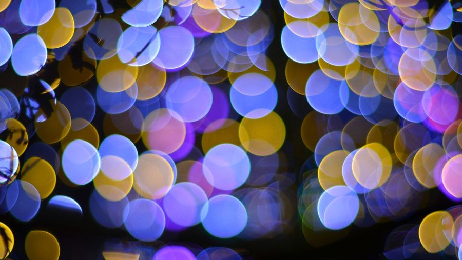 Lights And Silhouettes Bokeh Lights Lights Bokeh Photography Colourful Night Lights Illuminated From My Point Of View Fantasy Night Photography Abstract Snapshot ボケ玉 ぼけだま