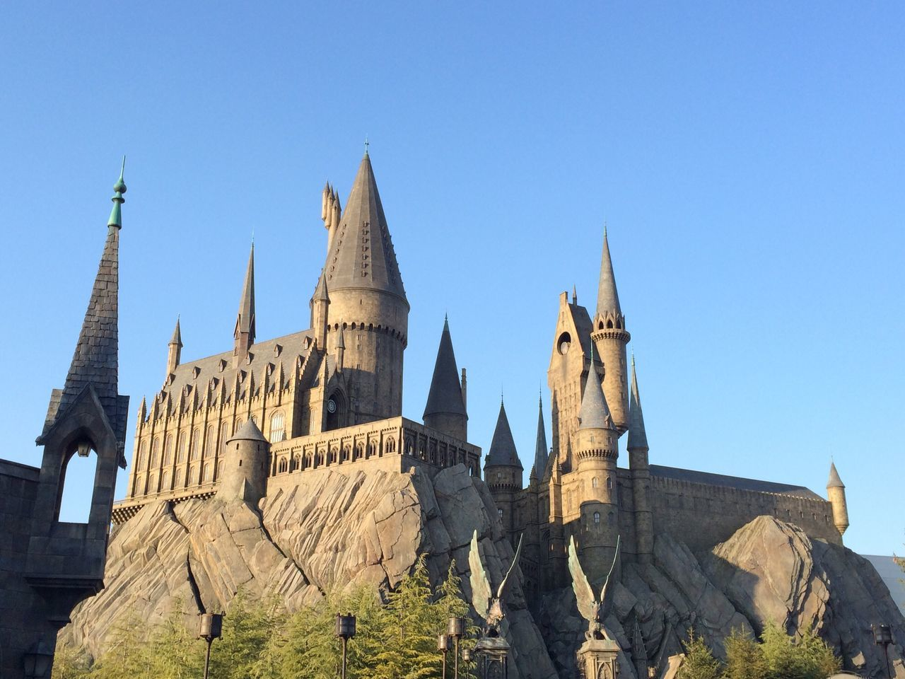 USJ USJ In Osaka Harrypotter Harry Potter Harry Potter ❤ Harry Potter ⚡ Castle ハリーポッター Evening Evening Sky 夕暮れ