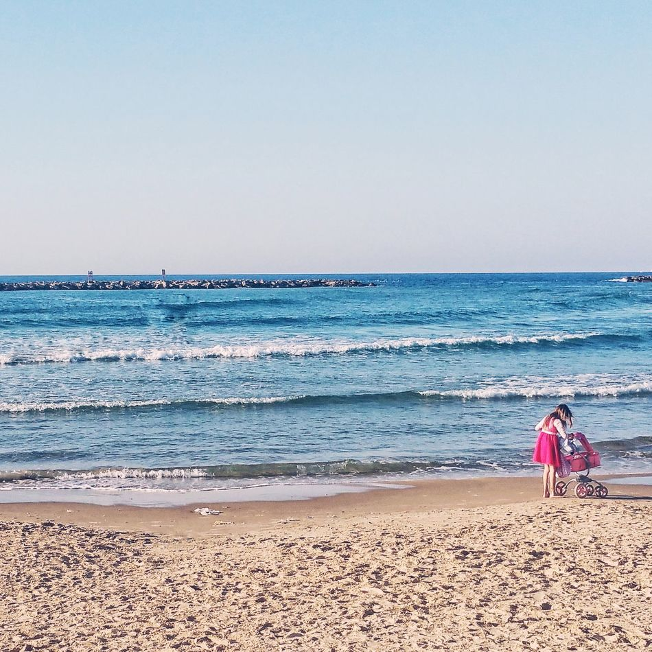 Beautiful stock photos of kinder, sea, water, beach, horizon over water