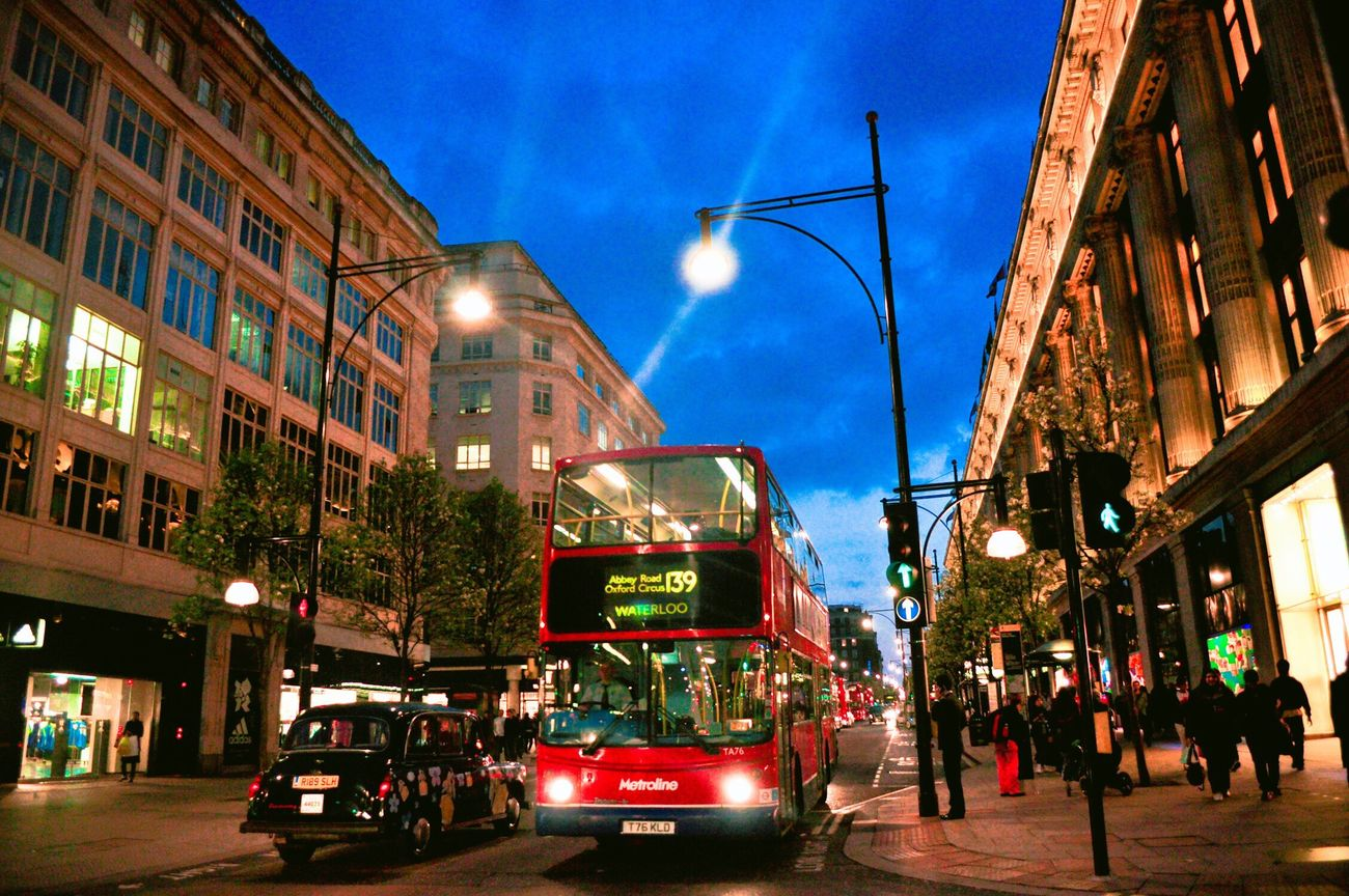 London Lifestyle London City Street Street Light Road Red Light Building Exterior City Street Traffic Night Londonbus