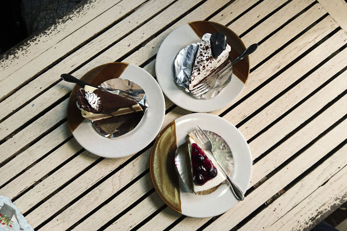 Bluberry Cheese Cake Cakes Cheese Cake Chocolate Chocolate Cake Relax Sweet Table Wood Table