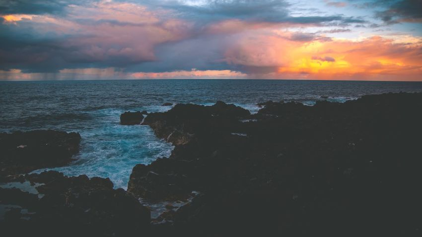 The Week On EyeEm Hawaii Sea Horizon Over Water Sky Sunset Beauty In Nature Nature Tranquility Idyllic No People Wave Outdoors Purple Sky Happiness Big Island Ocean Lifestyles