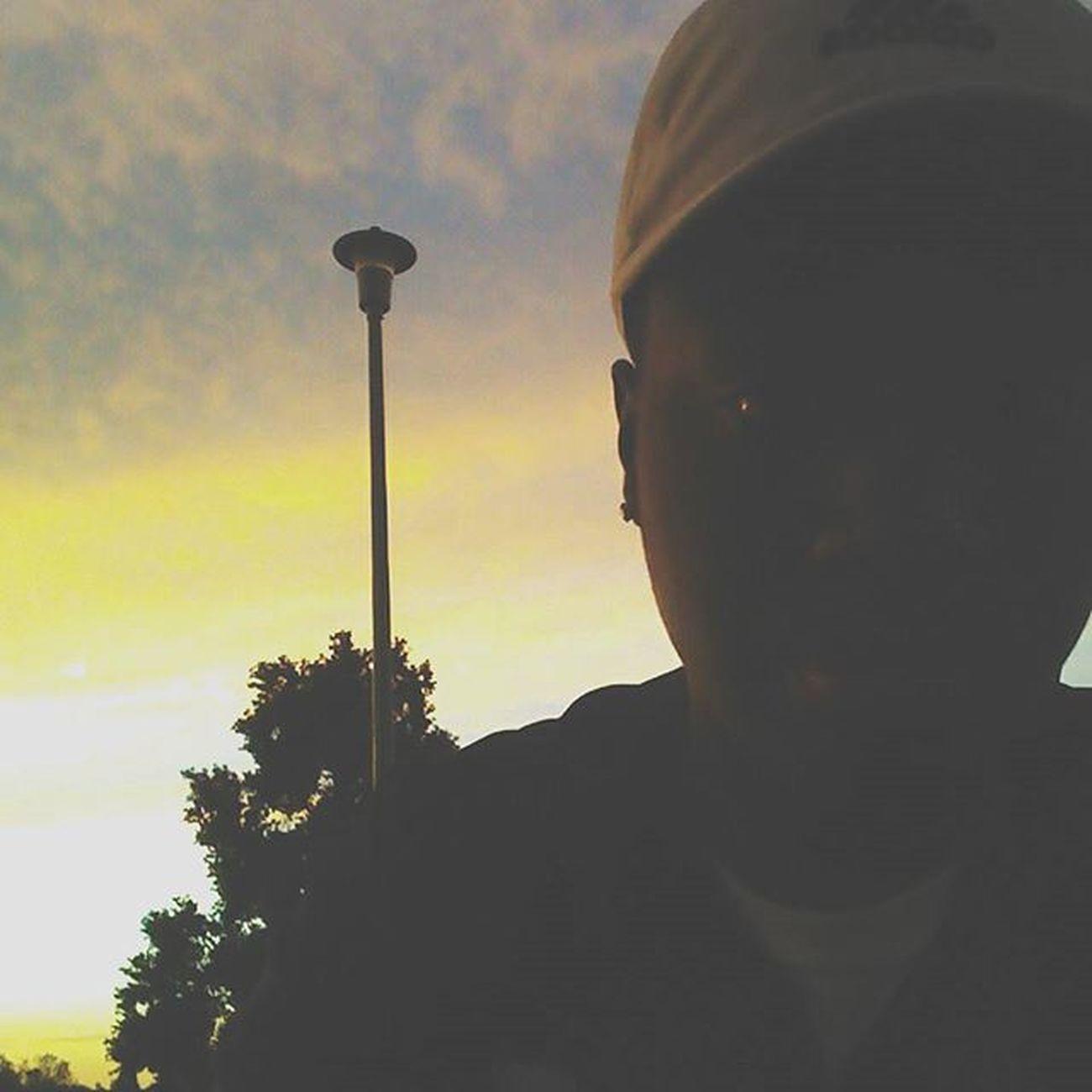 Mid Day Chill• Nichi\Trilluminati®\ ✞✞✞ Nichi Bape Addidas Stussy Supremeny Ethik  Mensfashion Kycvintage Tillys NewBalance Asics Nike Airmax Yeezy Trilluminati Trill Supremejordan Sacramento California Sactown 916 Trend Trendy Trendpig Vintage