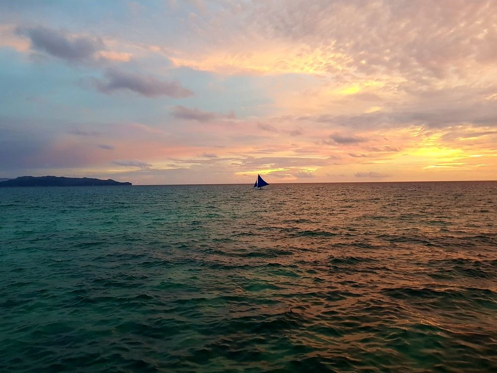 Sunset from Spider House Bar and Resort Boracay, Philippines Sunset Sky Sea Cloud - Sky Water Beach Nature Outdoors Beauty In Nature Horizon Over Water First Eyeem Photo
