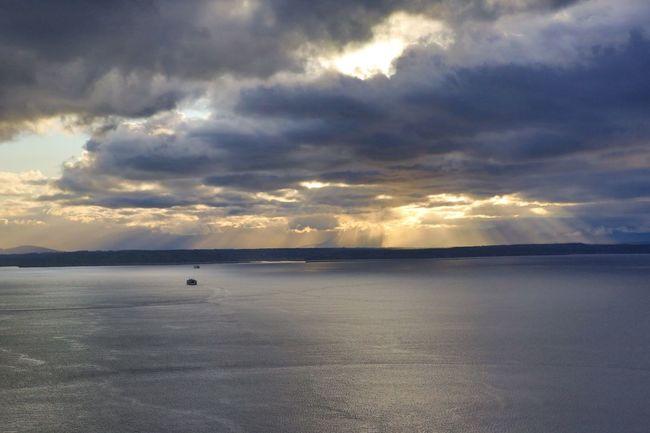 The amazing glow of the Seattle sunset. Beautiful Sunset Elliott Bay Canon 5d Mark Lll