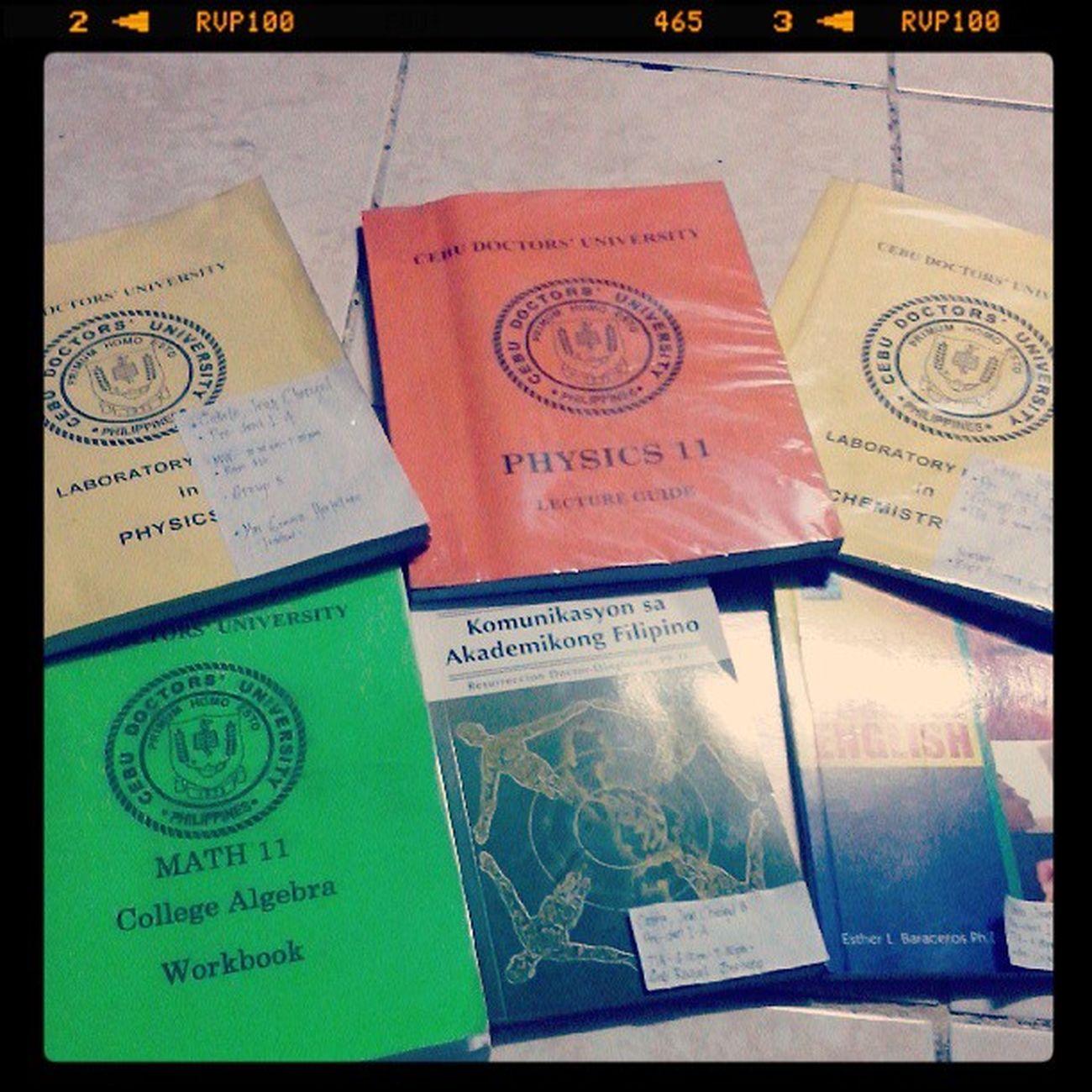 My books for the 1st Semester. Its not yet complete, Lol. It sucks! Daghan kaayo :'( LaboratoryinPhysics LectureGuideinPhysics LaboratoryinChemistry CollegeAlgebra KomunikasyonsaAkademikongFilipino IntroductiontoCollegeEnglish tabangi ko ug dala. Lol ;)