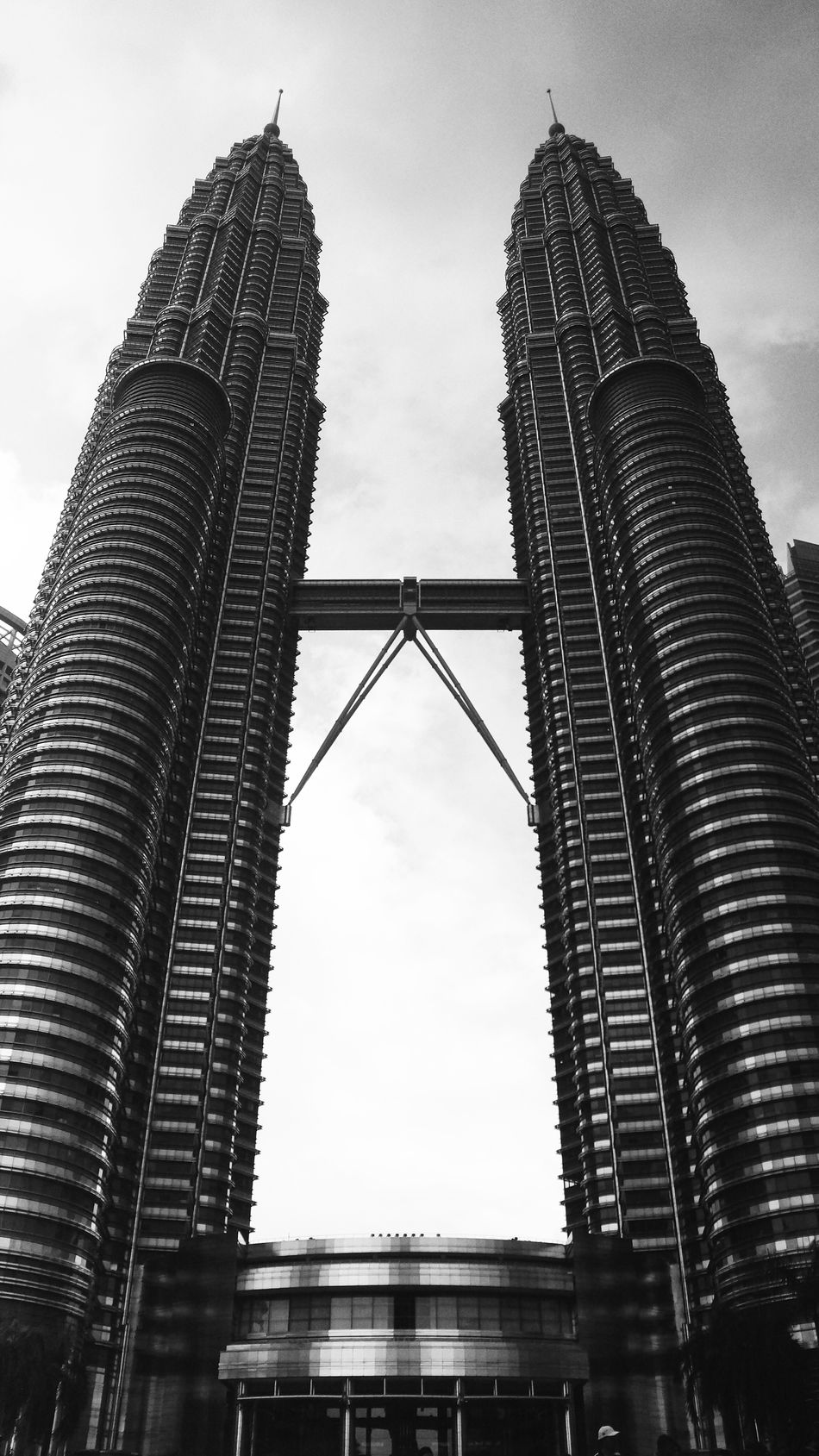 Architecture Built Structure Low Angle View Building Exterior Sky Travel Destinations Skyscraper Outdoors Day Travel City No People Modern