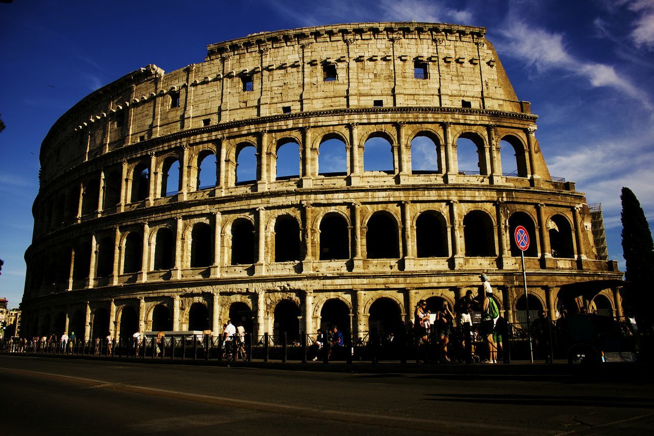 History Travel Destinations Old Ruin Architecture Tourism Amphitheater Cultures City Travel Outdoors Sky Art Photography Panorama Day Art Artistic Artphotography Streetphoto_color Walking On The Street Walking Around The City  Rome Splendid View Splendore Historical Monuments Historic City