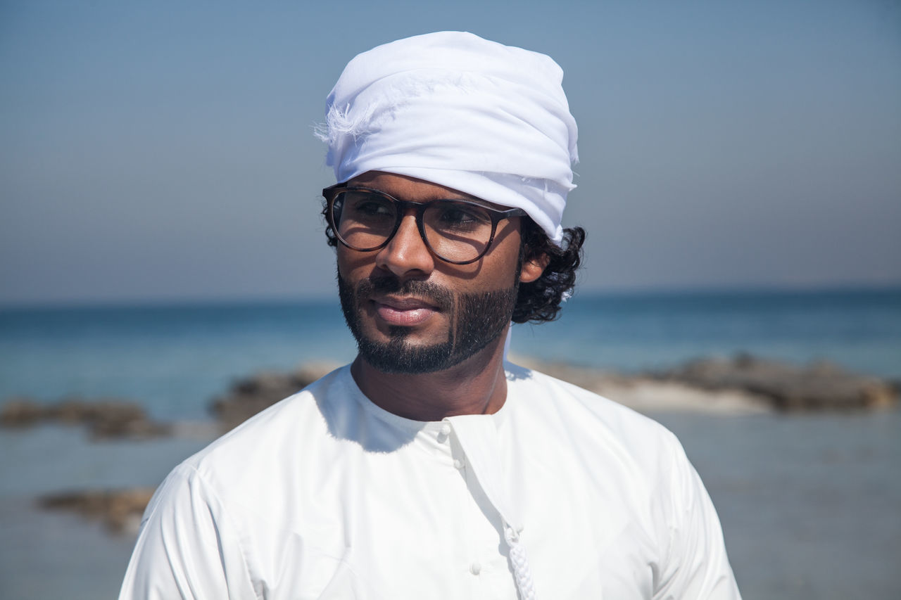 Adult Adults Only Arab Beach Beard Day Emirati Emirati Arabi Eyeglasses  Headshot Looking At Camera Men One Man Only One Person Only Men Outdoors People Portrait Scientist Sea Smiling Uae,abudhabi