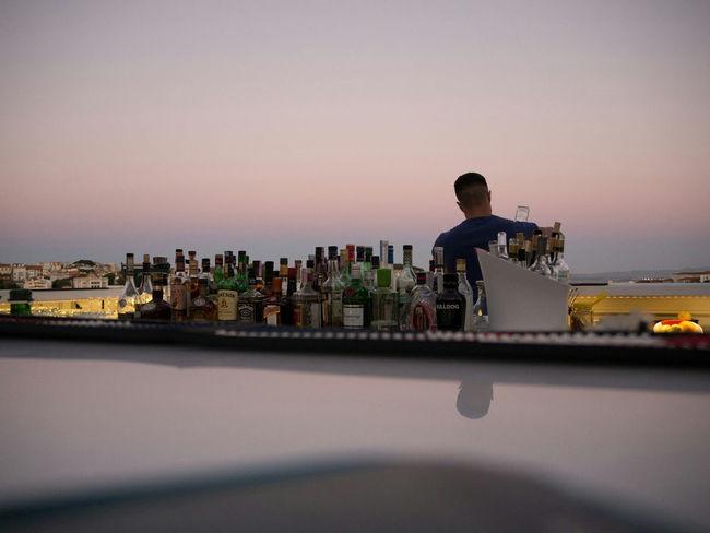 The Sky Bar at the Tivoli Hotel, Lisbon. Beautiful place to watch the sunset. Augustphotoaday August 2016 Olympus Om-d E-m10 Bartending Lisbon - Portugal Lisbon City Life Bars And Restaurants Barscene Sunsets