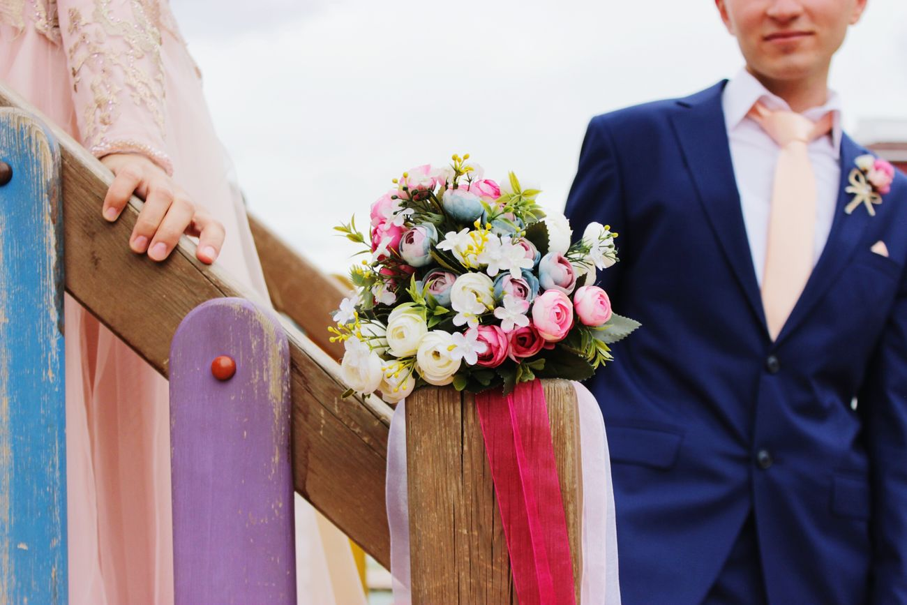 Ablam nişanlanırsa fotoğrafçısı ben olurum 😊 Bride And Groom Sister Married Couple Nişann Gelinçicegi Brideoftheday Bride Dress