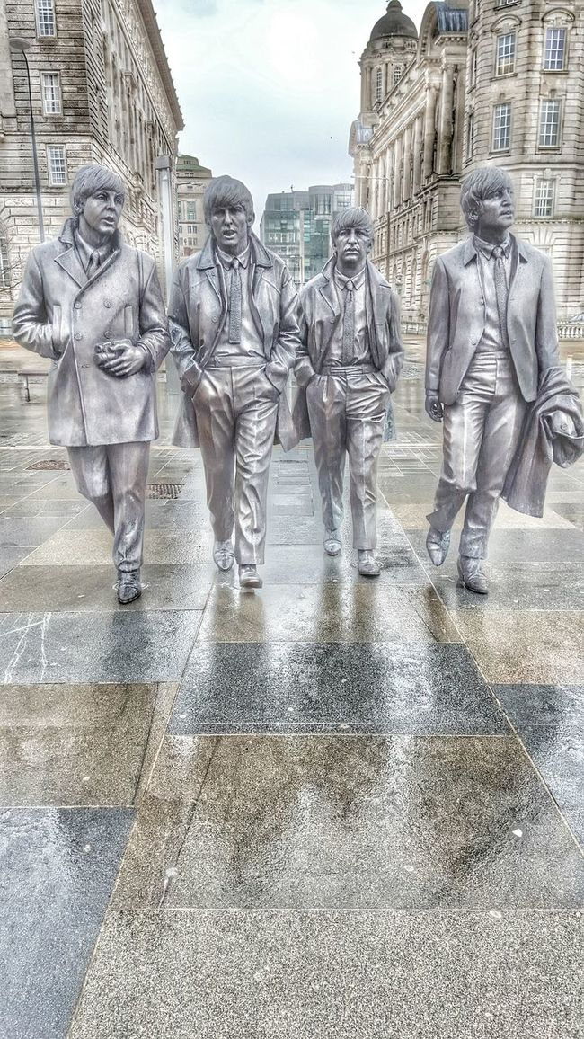 Liverpool Liverpool Waterfront The Beatles A Lovely Day Out Enjoying Life Taking Photos