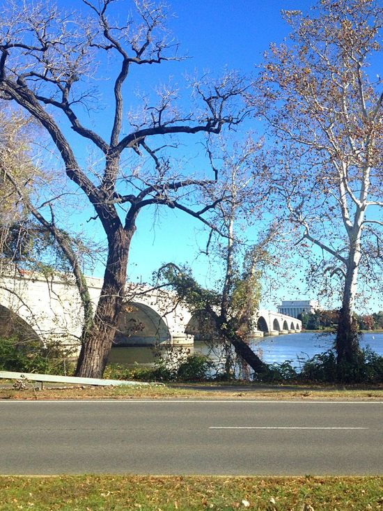 Sunday Morning On The Way To Church Memorial Bridge Lincoln Memorial Clear Sky Potomac River Before Winter..