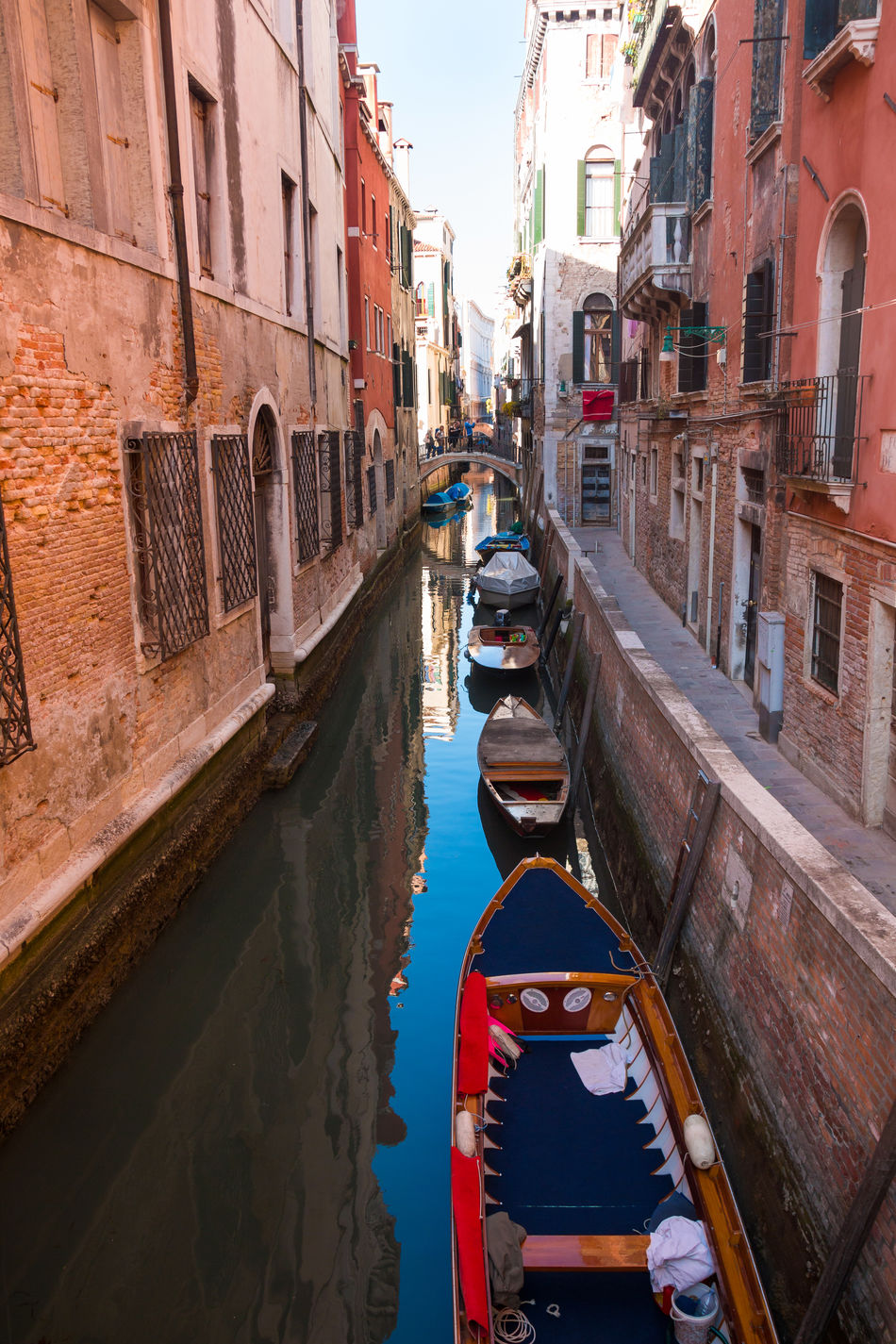 Architecture Building Exterior Built Structure Canal City Day Gondola Gondola - Traditional Boat Italy Mode Of Transport Moored Nautical Vessel No People Outdoors Transportation Venice, Italy Water