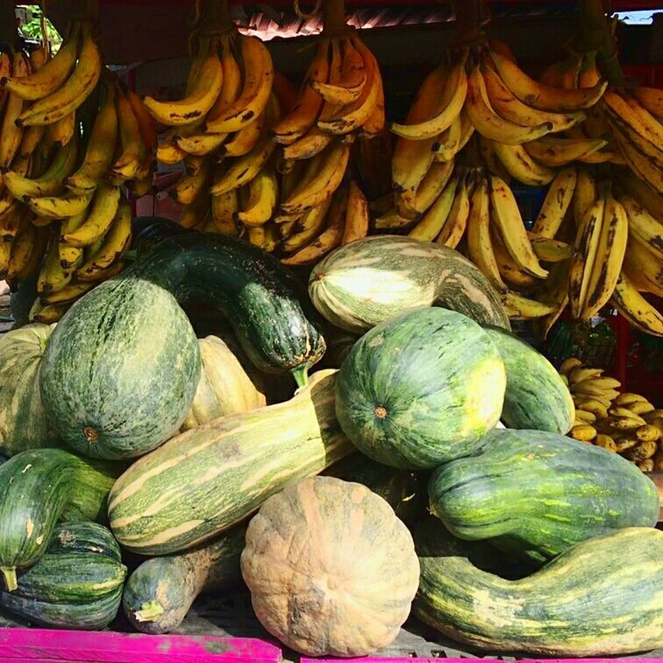 Freshness Vegetable Food Market Stall Healthy Eating Abundance Large Group Of Objects For Sale Pumpkin Fruit Close-up Farmer Market Bananas Provision Shop Provisions Yellow Green Market Exploring Zucca Haloween Calabaza