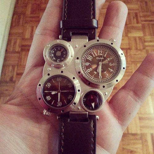 Desde Hong Kong me llegó el reloj pulsera más raro del planeta