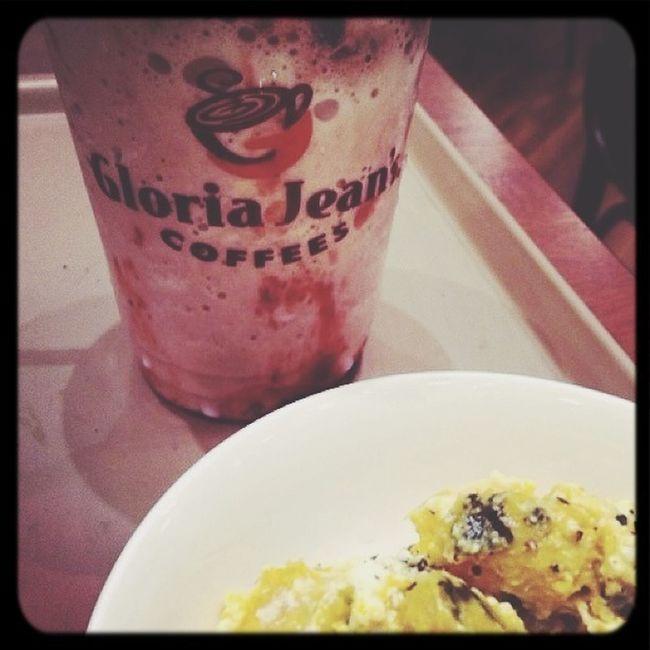 Cafe Gloria Jean's Coffee