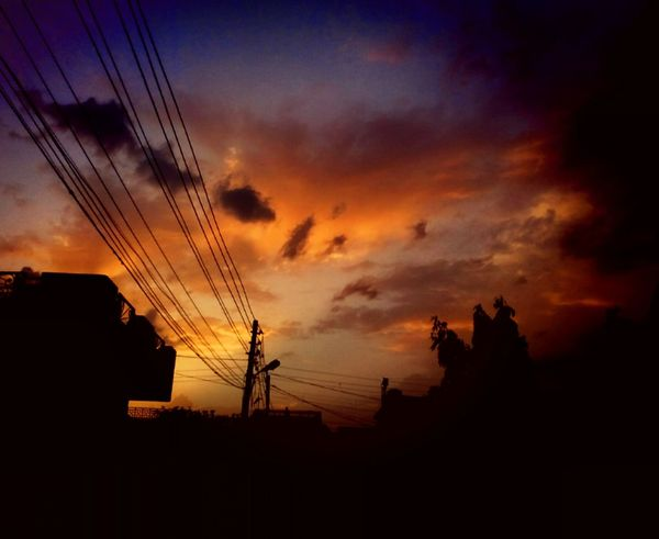 Sunset Silhouette Cloud - Sky Nature Sky No People Beauty In Nature Outdoors Scenics Day Warmth Photo Of The Day PhonePhotography Photography Is Life Photography Tranquility Colorful Photo