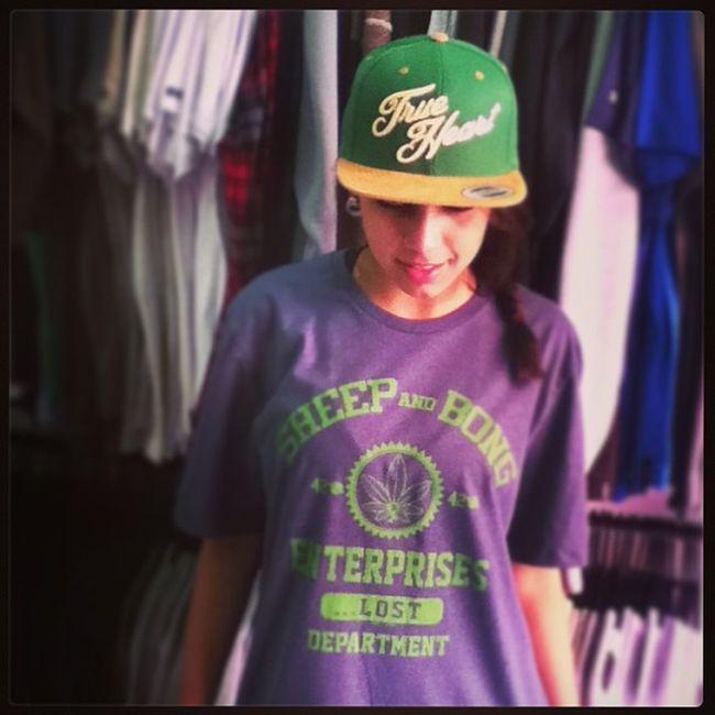 Lost Camiseta Tee Trueheartcaps boné cap love instagram instalove jj schoolstore skateshop skate skateboard boardshop siga followme follow me