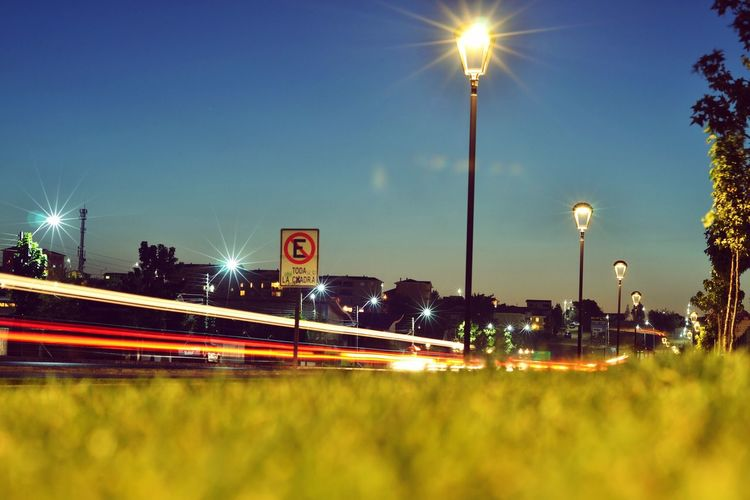 Sony Nightphotography Farol Nightlife Green Lawn Streetphotography Car Lights