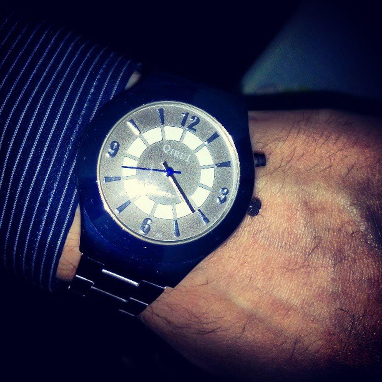 часы часики рука аксессуар вещь clock clocks time times