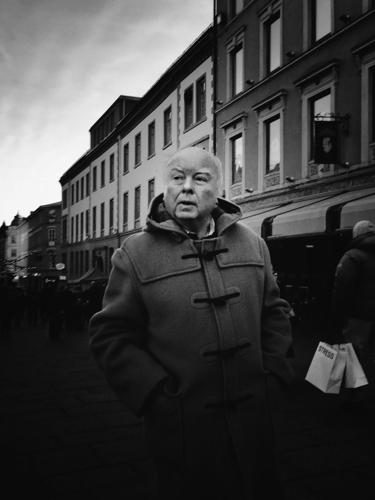 Last minute • Oslostreets Street Streetphotography Streetsofoslo Streetphoto_bw Streetbwcolor Black & White Cold Real People One Person