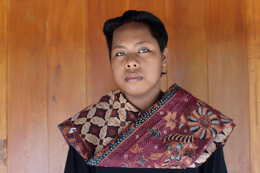 Batik Indonesia Portrait One Person Looking At Camera One Woman Only Only Women People Adults Only Adult Winter Headshot One Young Woman Only Studio Shot Young Adult Indoors  Fashion Business Finance And Industry Warm Clothing Women Beautiful Woman Human Body Part EyeEm Ready   EyeEmNewHere Love Yourself