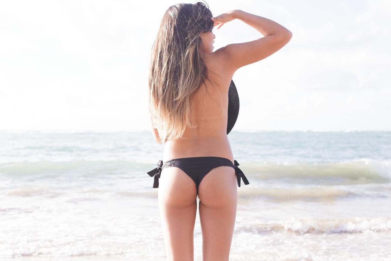 Beautiful stock photos of brasilien, 20-24 Years, Beach, Beauty In Nature, Bikini Bottom